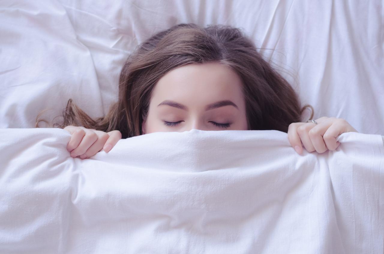 Silikon hidrogel kontaktne leće, spavanje s lećama, leće za produženo nošenje