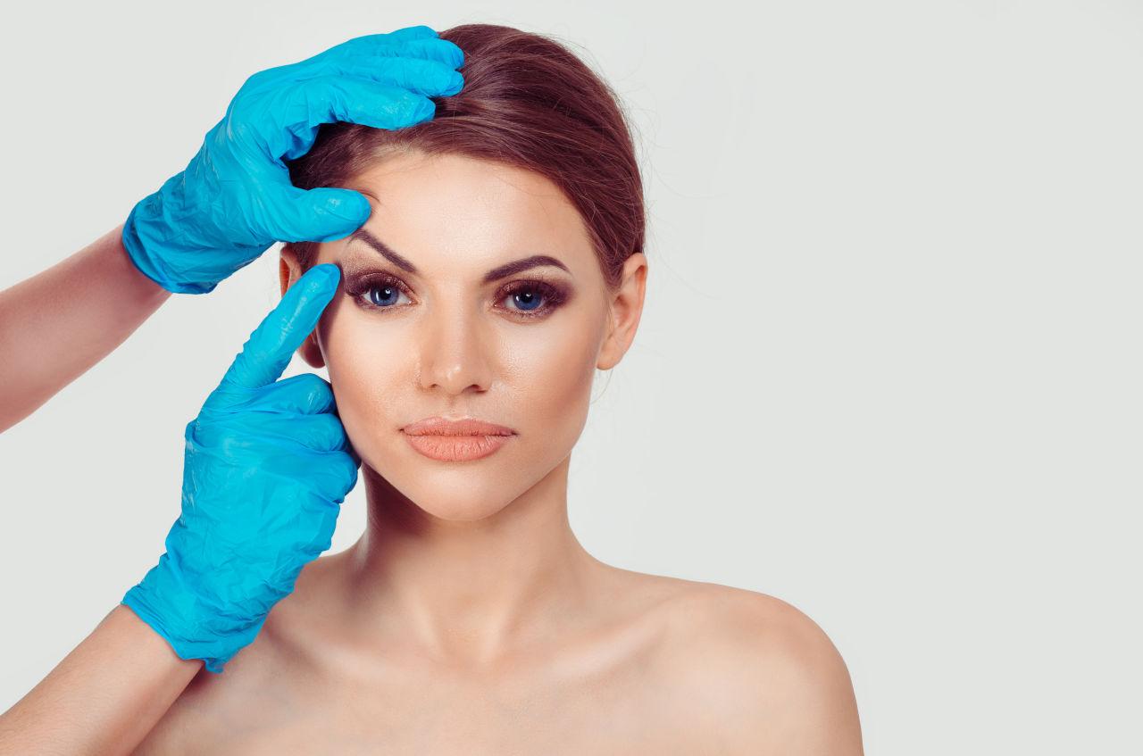 Blefaroplastika operacija kapaka