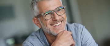 Čemu služi antirefleksni sloj na naočalama?
