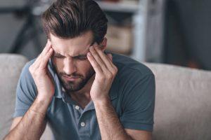 optički neuritis, optički neuritis simptomi