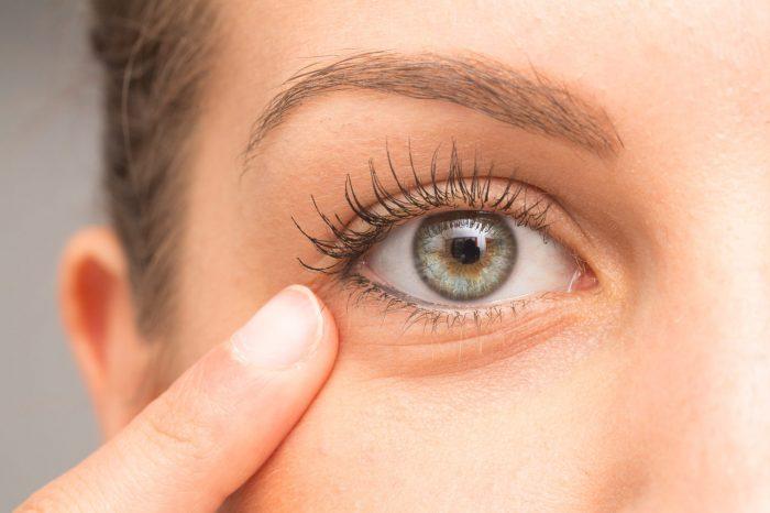 Crvene oči - 10 najčešćih uzroka crvenog oka