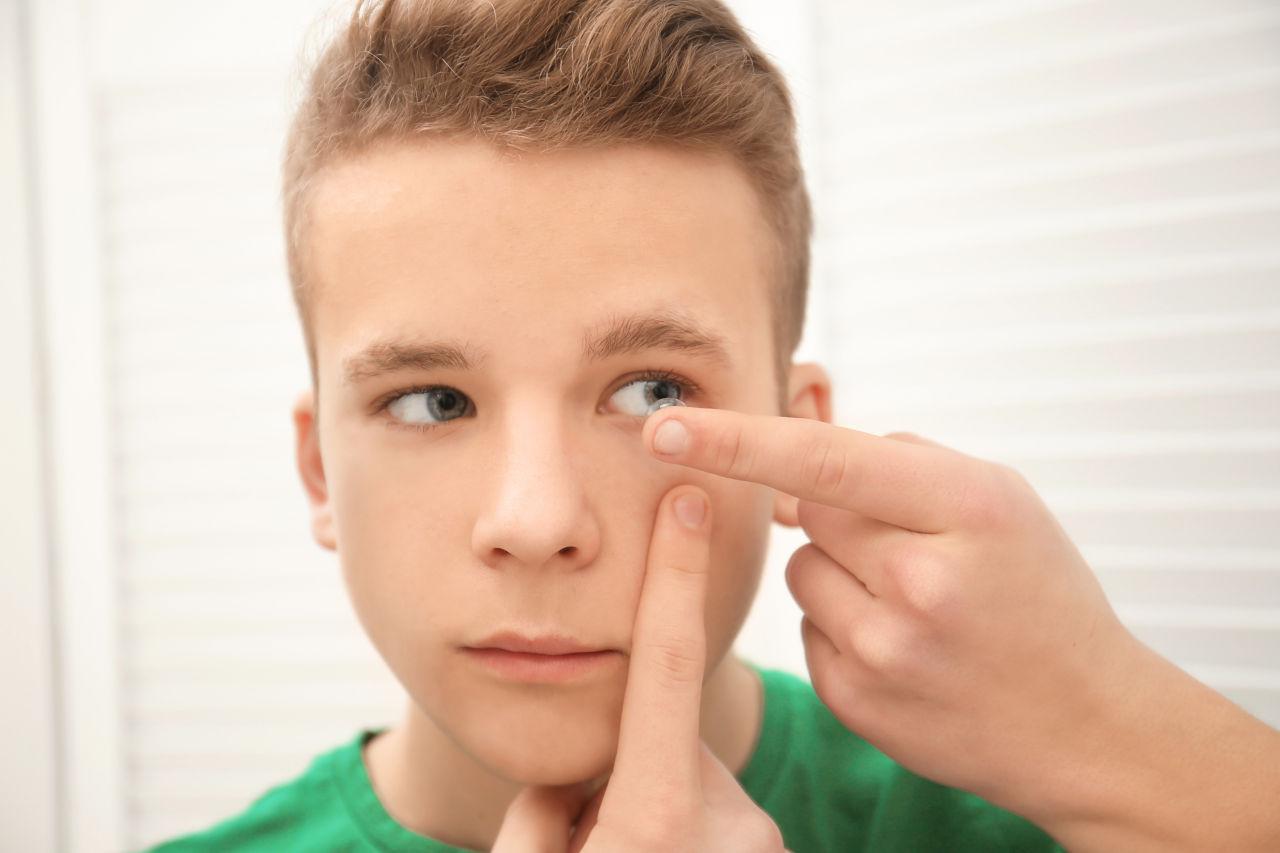 Tinejdžeri i leće, kontaktne lece tinejđeri