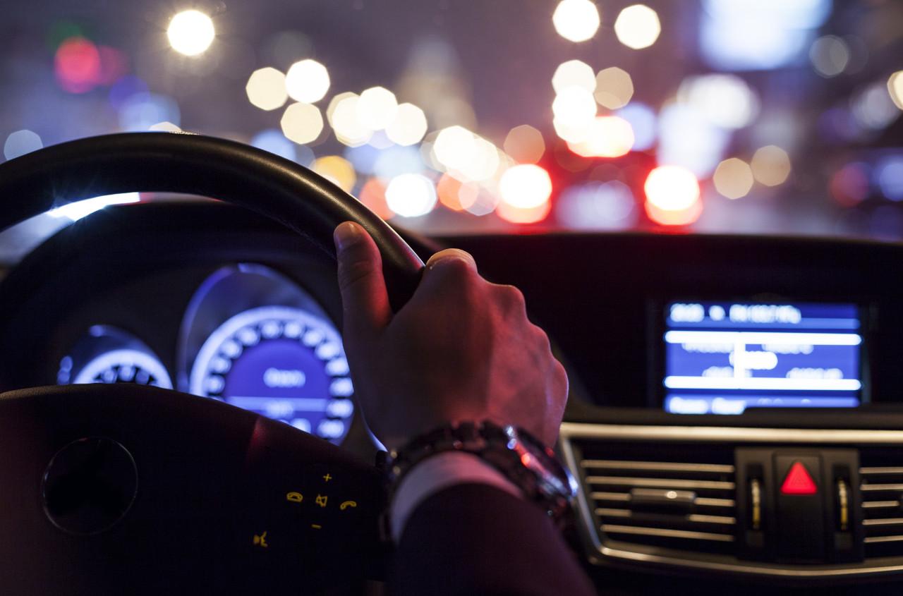 vožnja po noći, zablještenje kod vožnje, vid kod noćne vožnje
