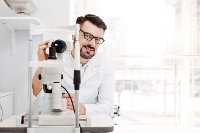 Očni simptomi