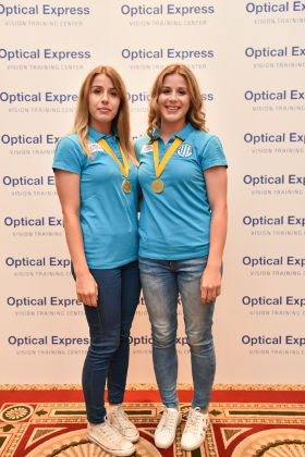 Larissa i Dora Kalaus