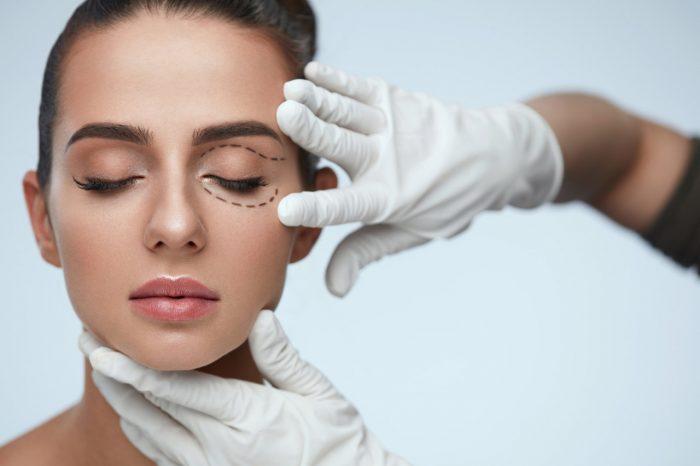 Teški kapci - 7 uzroka teških očnih kapaka