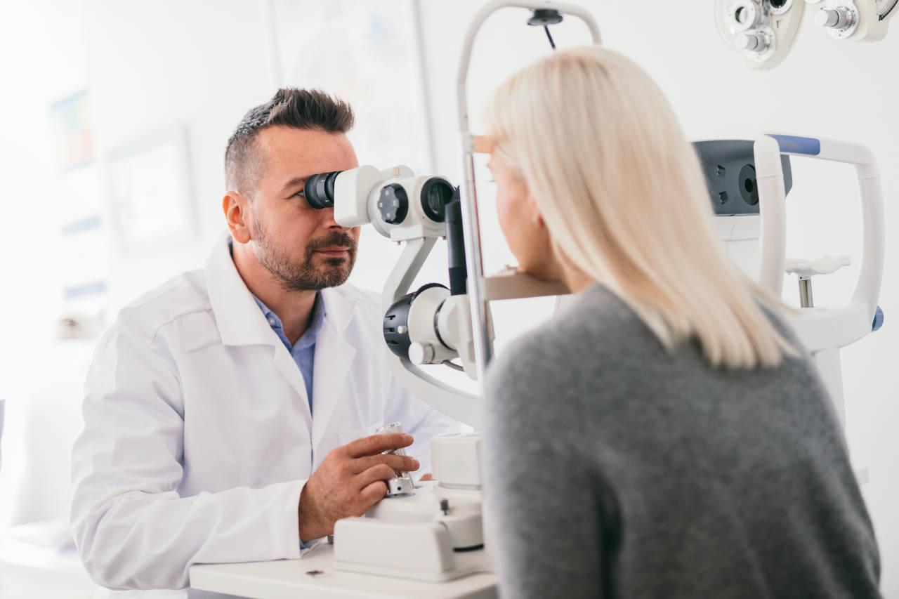 Pregled centralna retinopatija