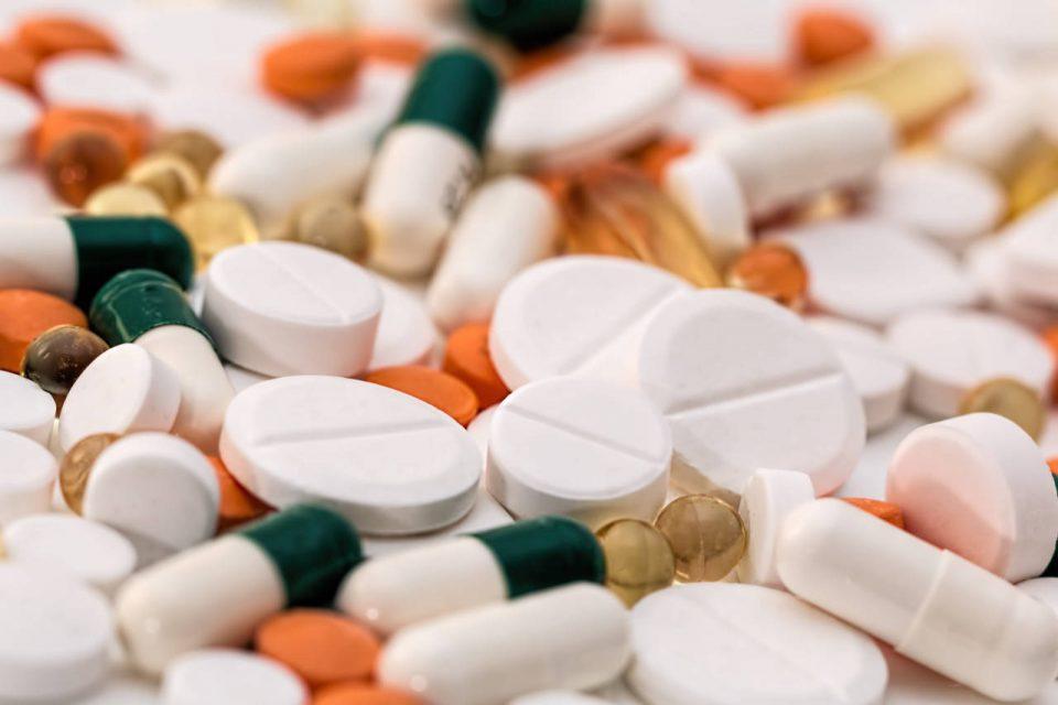 utjecaj lijekova na oči i vid, lijekovi