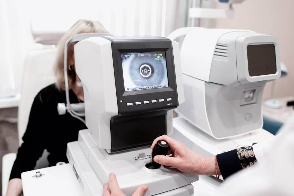 Mjerenje ocnog tlaka bez kontaktnom metodom